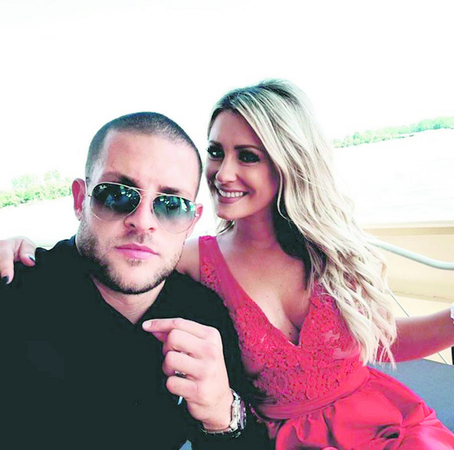 Aleksandra Bursać sa dečkom