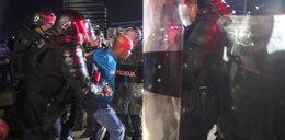 """Litwa: Oskarżają policję o użycie gazu, w którym był koronawirus. Policja odpowiada: """"Następnym razem użyjemy takiego ze szczepionką"""""""