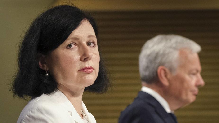 Wiceprzewodnicząca KE Věra Jourová i komisarz sprawiedliwości Didier Reynders