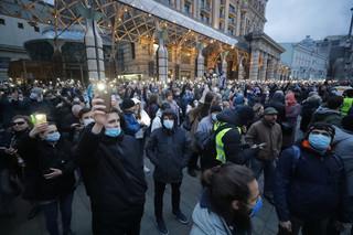 'Rosja bez Putina!', 'Precz z carem!'. Demonstracje zwolenników Nawalnego