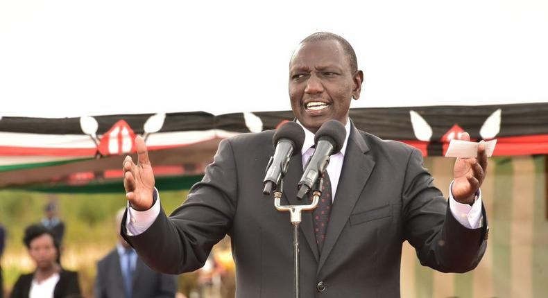 Angry DP Ruto hits at DCI in front of Uhuru, denies Sh21 billion has been stolen