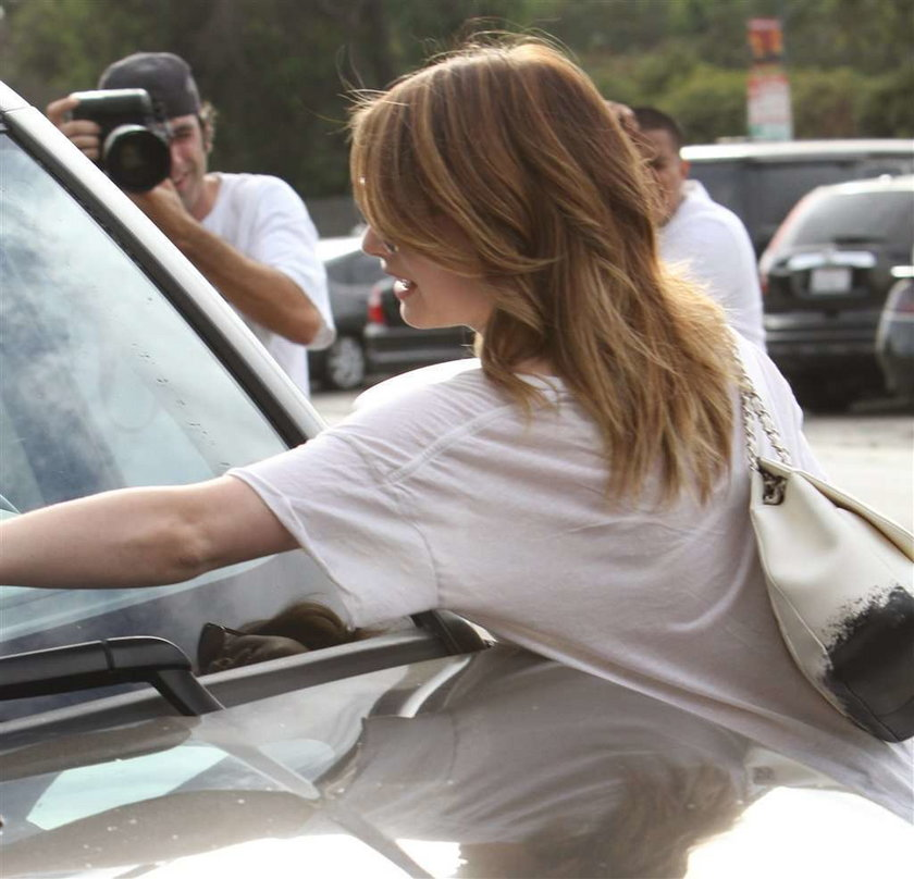 Emma Roberts dostała mandat