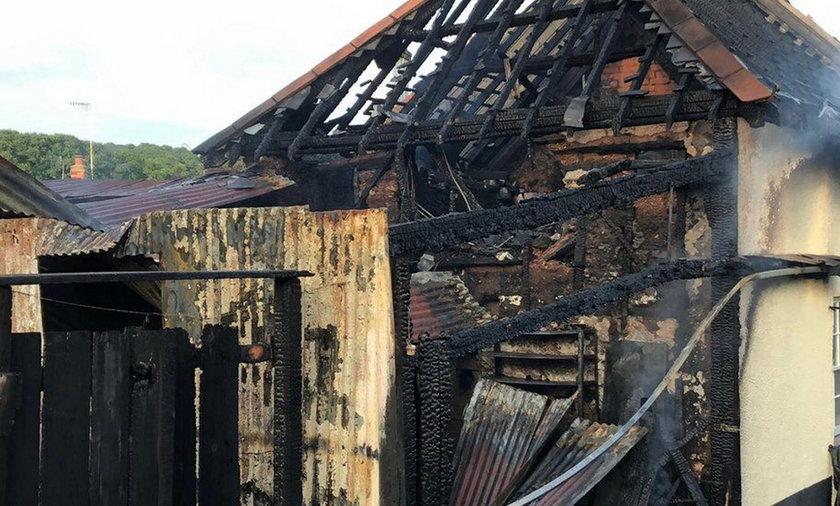 Po rozwodzie 75-latek spalił wspólny dom na złość byłej żonie.