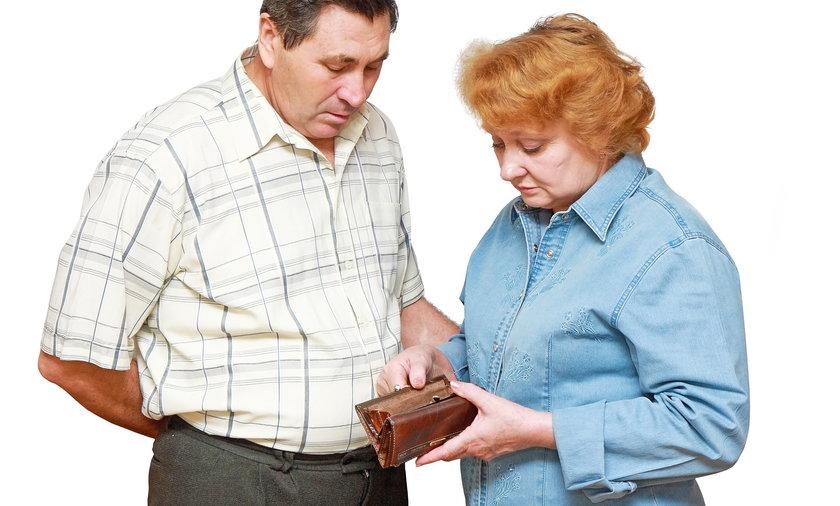 Emeryci muszą oszczędzać
