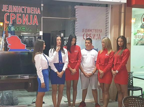 Čini mi se da u Paraliji više ime Srba nego Grka, rekao je mladi Dačić
