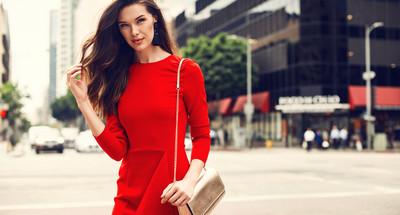 Jakie Dodatki Do Czerwonej Sukienki Wybieramy Idealne Polaczenia