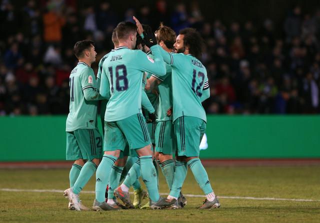 Unionistas, Real Madrid