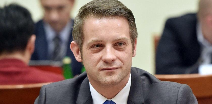 Podwyżki dla posłów.Tomasz Cimoszewicz podjął decyzję