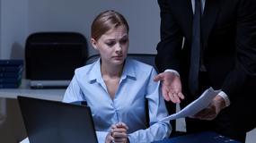 Co grozi pracodawcy za potrącenie z wynagrodzenia zbyt późno nałożonej kary porządkowej [PORADNIA KADROWA]