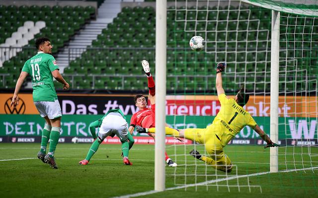 FK Verder Bremen, FK Bajer Leverkuzen
