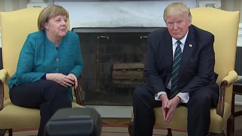 Angela Merkel i Donald Trump w Gabicnecie Owalnym w Białym Domu