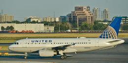"""Zaskakujące zalecenie linii lotniczych. """"Nie przyklejajcie pasażerów do siedzeń"""""""