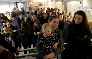 Sejm: Opozycja chce wpuszczenia na obrady czekających kobiet