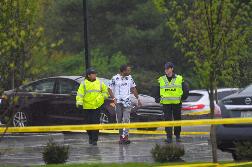 Szaleniec zastrzelił 3 osoby. Zrzucił ubranie i uciekł nago
