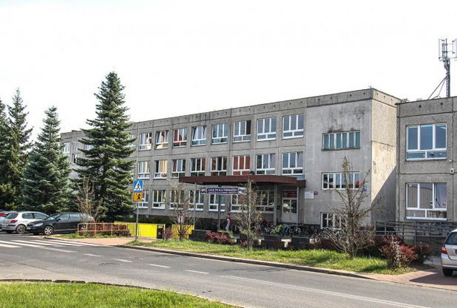 Koronawirus w olsztyńskiej szkole. 240 uczniów na kwarantannie