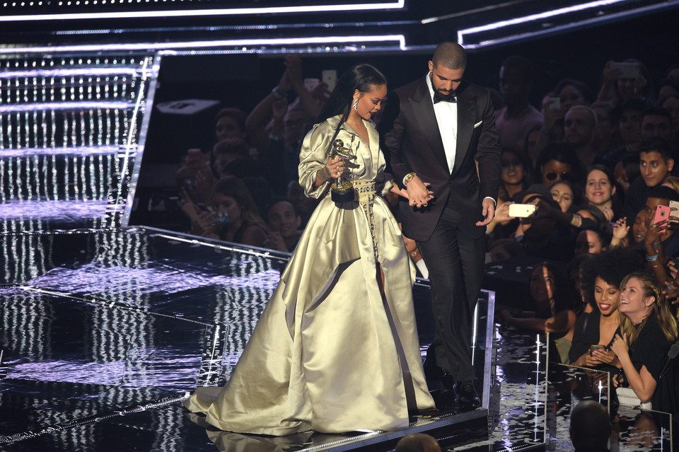 MTV Video Music Awards 2016: Rihanna i Drake