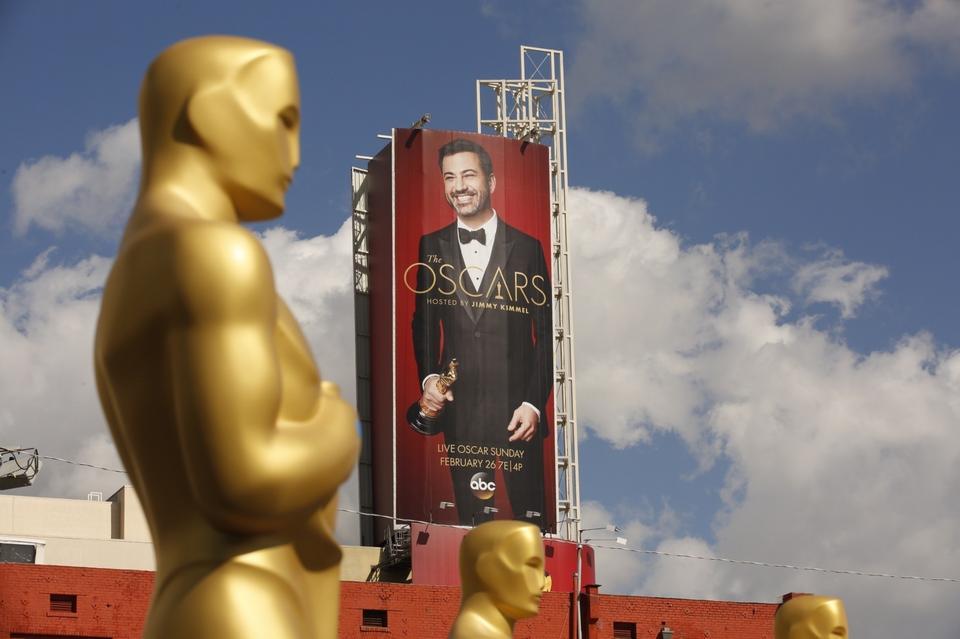 15 tys. dolarów to wynagrodzenie prowadzącego ceremonię Jimmy'ego Kimmela.