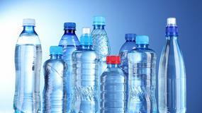 W 2016 r. przeciętne gospodarstwo domowe kupiło 5,5 litra wody butelkowanej