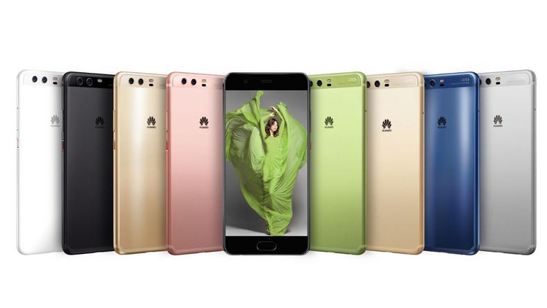 """Firma Huawei przedstawiła swoje najnowsze flagowe smartfony - P10 i P10 Ultra. Oba modele wyposażono w procesor Kirin 960 i oba bazują na algorytmach znanych z Mate 9 Pro - firma zapewnia, że P10 będzie nawet za kilkanaście miesięcy działał równie szybko, co po wyjęciu z pudełka. P10 ma ekran o rozdzielczości FullHD i przekątnej 5,1 cala. Z kolei ekran P10 Plus ma przekątną 5,5"""" i rozdzielczość 2K"""