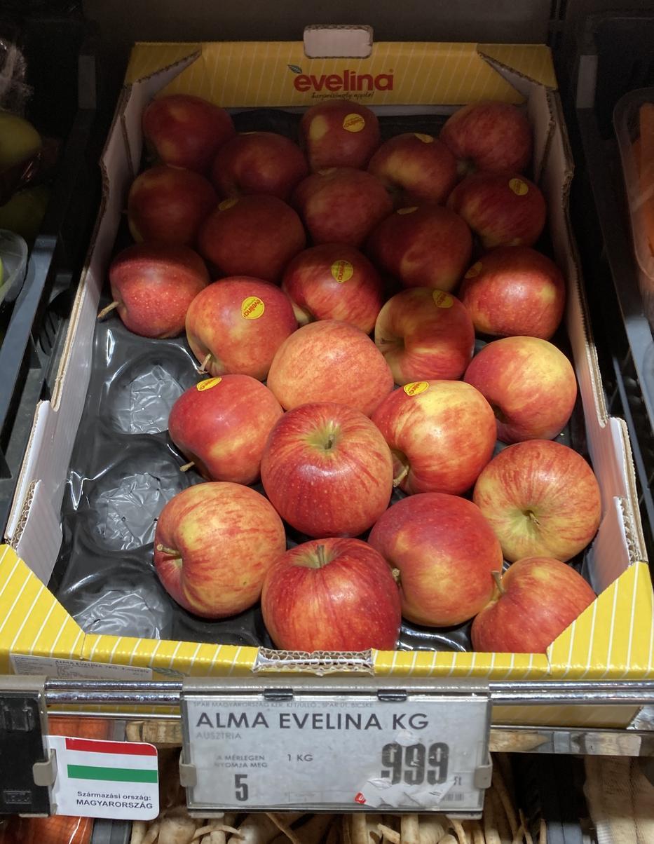Az Evelina típusú alma még a Starkingnál is drágább, 999 forintot kértek kilójáért