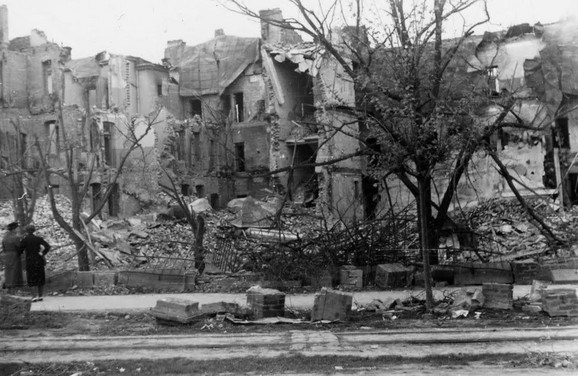 Beograd u ruševinama