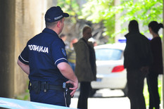 novi sad 1846  pucnjava policija uvidjaj ulica pap pavla 27 foto robert getel