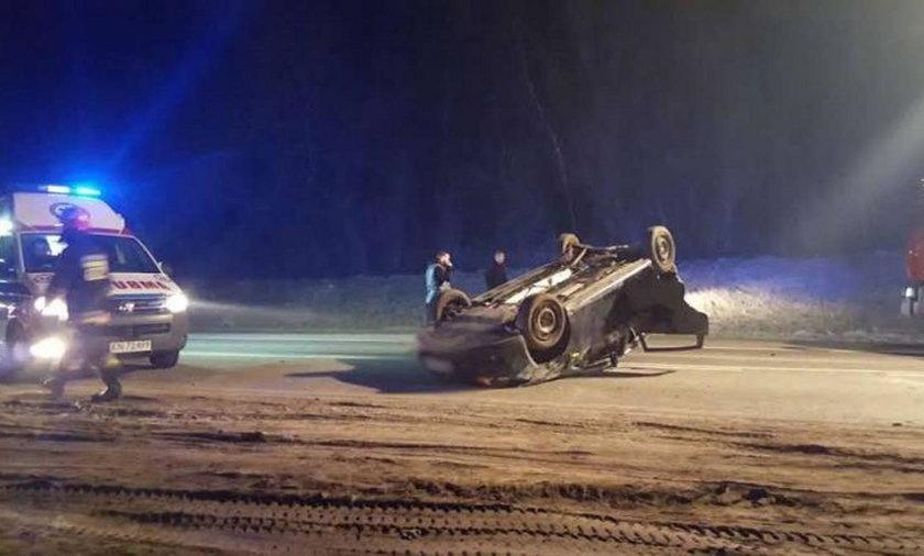 Wypadek na drodze krajowej nr 75 w Małopolsce. Dwie osoby w szpitalu