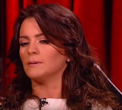 JEDVA SU JE SMIRILI: Milica Pavlović se rasplakala na svadbi poznatog košarkaša, gosti se okupili oko nje!