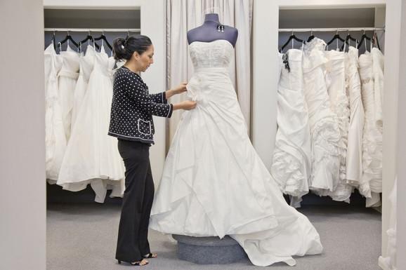 Veliki broj venčanica pravi se u Kini