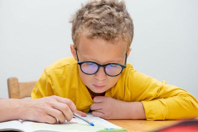 Kako detetu uspostaviti radne navike?
