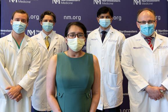 Majri i tim doktora koji je radio na transplantaciji pluća. Dr Tomić je krajnje desno.