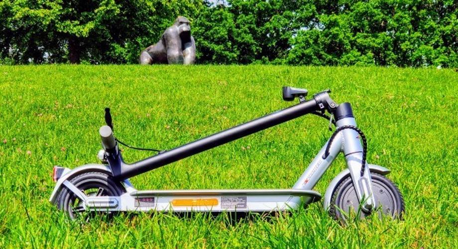 E-Scooter ESA 1919 für 300 Euro im Test: günstig & trotzdem gut