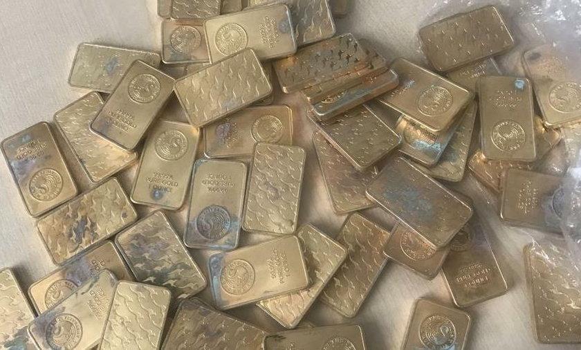 Zarobił miliony dzięki podrabianemu złotu