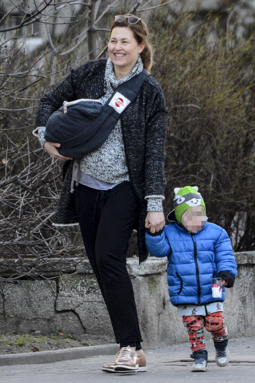 Beata Sadowska z dziećmi