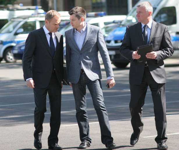 Donald Tusk, Igor Ostachowicz i Paweł Graś