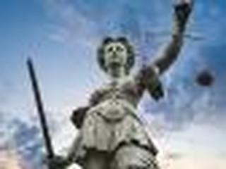 Projekt ustawy PiS dotyczący dyscyplinowania sędziów. Komisja Europejska wysłała list do prezydenta