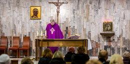 Będzie większy limit wiernych w kościołach? Premier odpowiada