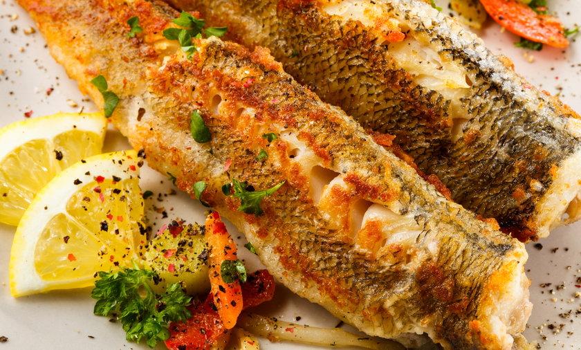 Ryby nie wymagają długiego pieczenia czy smażenia.