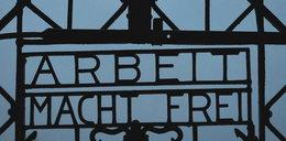 Złodzieje ukradli napis Arbeit macht Frei z Dachau