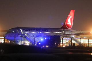 Warszawa: Z samolotu linii Turkish Airlines na Okęciu ewakuowano ponad 100 osób