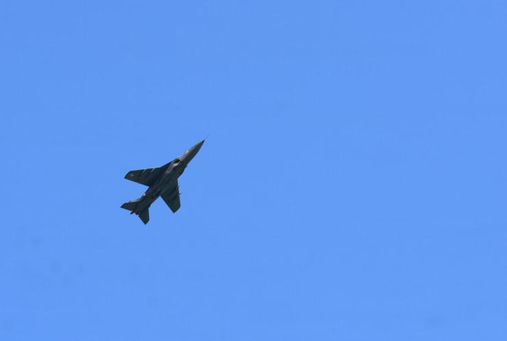 Novi Sad 1096 Vojska srbije pripreme za vojnu paradu avion avijacija mig 29 foto Nenad Mihajlovic