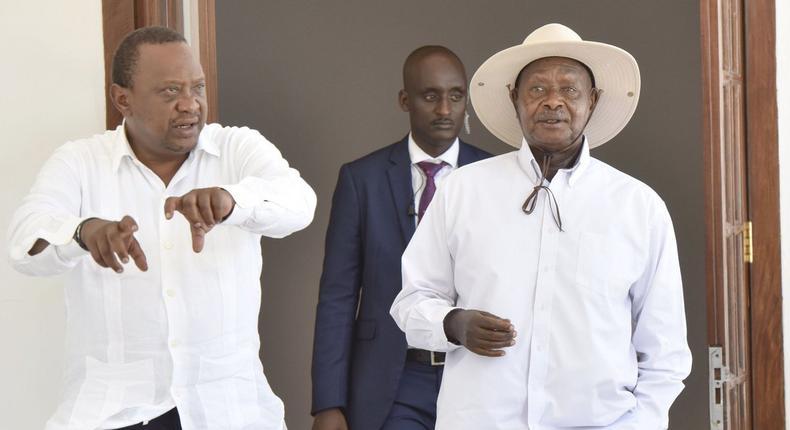 Moses Kuria mocks Uhuru's negotiation skills over trade deals made with Ugandan President Yoweri Museveni