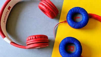 Kopfhörer für Kinder: Sichere, günstige und gute Headsets für Reisen und Schule ab 20 Euro