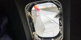 """Horror w samolocie. Pasażerka nieomal wyssana przez okno: """"Wszędzie krew"""""""