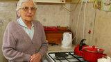 Skandal! Cwaniacy i handlarze naciągają emerytów