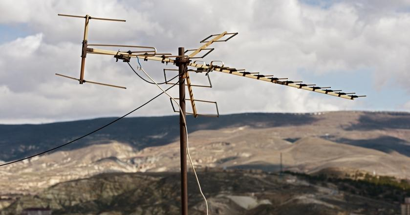 By odbierać MUX-8 czasami potrzebna jest zmiana instalacji antenowej