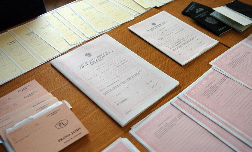Gang fałszerzy dokumentów stanie przed sądem