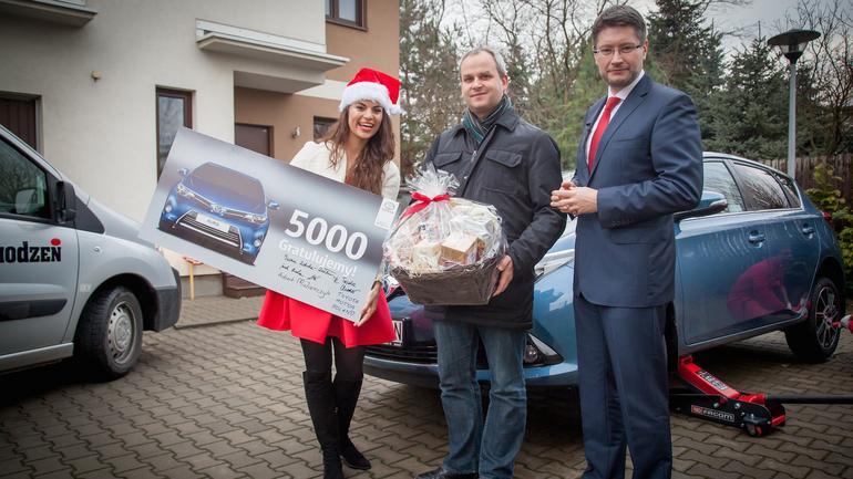 Pięciotysięczna Toyota Auris: niespodzianka dla właściciela