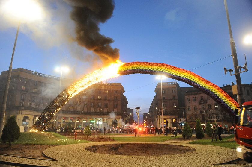 Ustępująca prezydent Warszawy ostrzega, ze jest gotowa rozwiązać Marsz Niepodległości