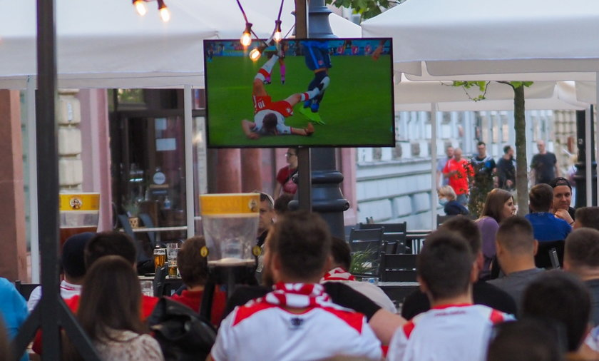 W środę 23 czerwca polscy kibice będą w plenerze oglądali mecz Polaków ze Szwecją. Jak tego dnia będzie pogoda?